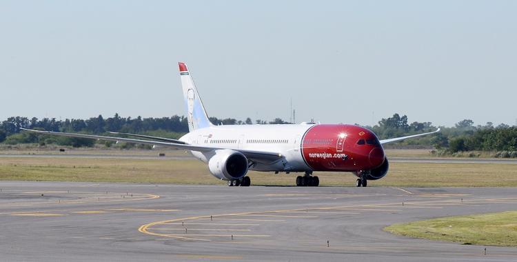 JetSmart y Flybondi se mudan por unos días al Aeropuerto de Ezeiza   El Diario 24