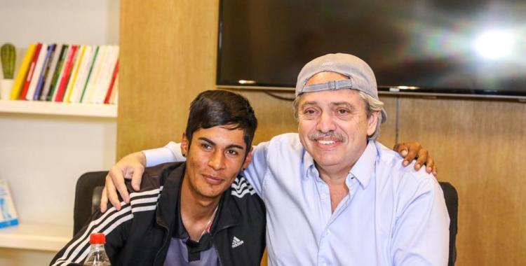 Alberto Fernández recibió a Brian, el joven discriminado cuando era presidente de mesa | El Diario 24