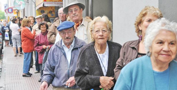Ya es oficial el aumento de la jubilación mínima a $ 14.067,93 | El Diario 24