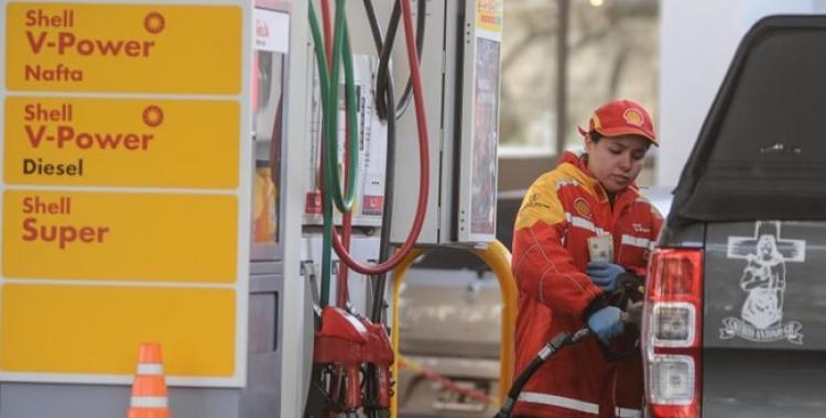 Preparate porque Macri se despide con un nuevo aumento de la nafta | El Diario 24