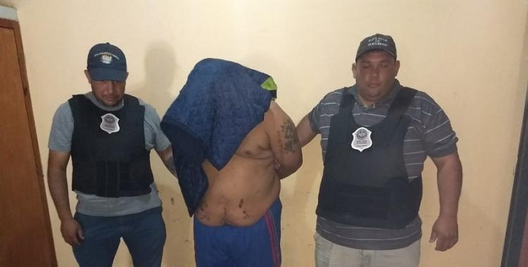 Detienen a un chofer de transporte escolar acusado de violar a un niño | El Diario 24