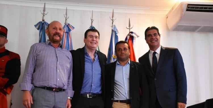 Gobernadores del norte firmaron un convenio para optimizar la fibra óptica | El Diario 24