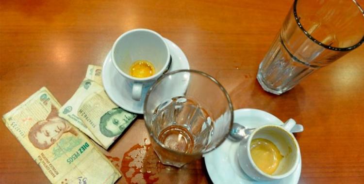 Porqué no hay que dejar propina en los bares | El Diario 24