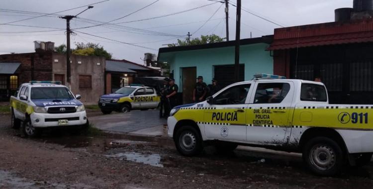 La policía investiga varias hipótesis sobre la muerte del joven en el puente de Villa Carmela | El Diario 24