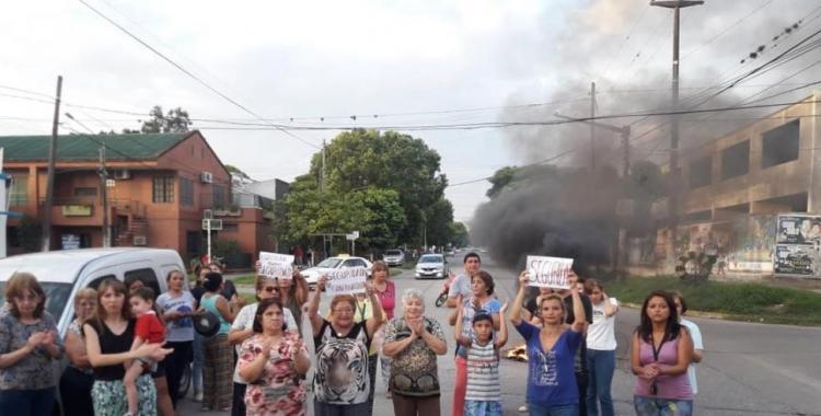 En la Comisaría 12 de Tucumán, hay cinco policías y 30 detenidos | El Diario 24
