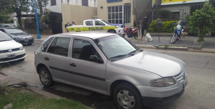 Atacan a balazos a un policía para robarle la moto | El Diario 24