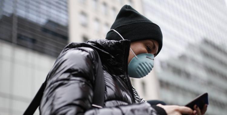 ¿Son los celulares los causantes de la pandemia del coronavirus? | El Diario 24