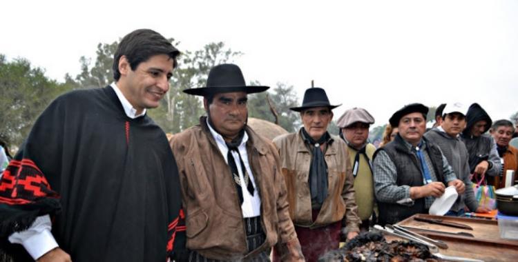 El 25 de mayo se hará un original concurso nacional de asado y locro | El Diario 24