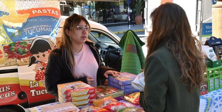 Vuelve el Mercado en tu Barrio con estricto protocolo sanitario | El Diario 24