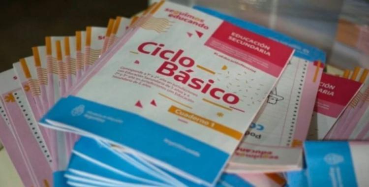 La oposición pidió explicaciones sobre los cuadernillos escolares que incluyen la difusión de actos de gobierno | El Diario 24