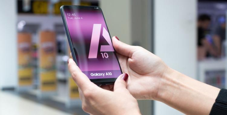 Los nuevos celulares anticrisis: se ensamblan en Argentina y cuestan menos de 15 mil pesos | El Diario 24