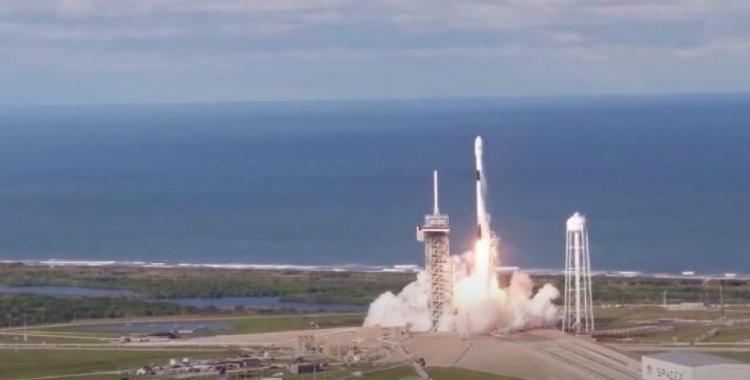 VIDEO: Histórico lanzamiento del Crew Dragon de SpaceX y NASA | El Diario 24