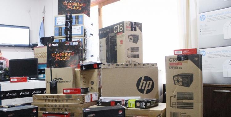 ¿Por qué los comercios de insumos informáticos no quieren vender sus productos?   El Diario 24