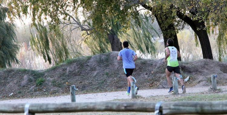 Caminatas, trote o ciclismo: desde cuándo y quiénes podrán hacerlo en Santiago | El Diario 24