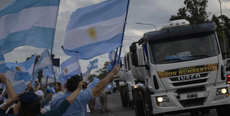 Impresionante banderazo en todo el país contra la expropiación de Vicentin | El Diario 24