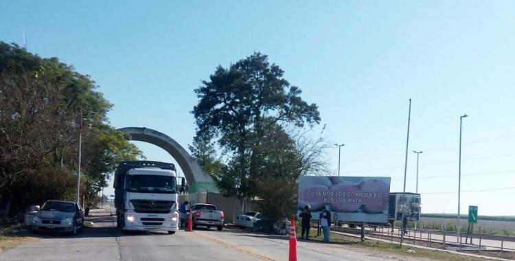 Entraron a Tucumán y les quitaron el auto: varias denuncias contra la policía por hacer una cama en el límite fronterizo | El Diario 24