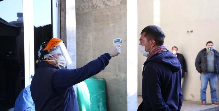 Argentina rozó los 2.900 contagios de coronavirus en un día y marca un nuevo récord | El Diario 24