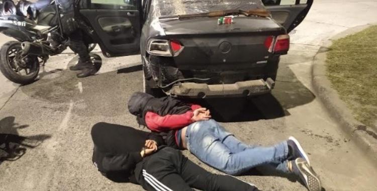 Armado y con vestimenta policial, quiso evadir un control de la Policía de Tucumán   El Diario 24