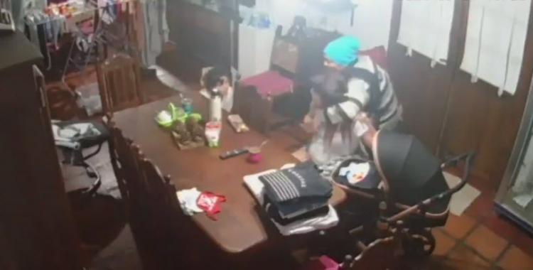 VIDEO Asalto y noche de terror para una familia: ladrones ingresaron a su casa y amenazaron a un bebé de 2 meses   El Diario 24