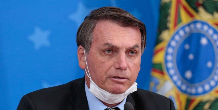 Bolsonaro tiene síntomas de coronavirus y se hará el test | El Diario 24