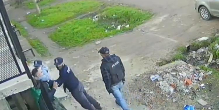 VIDEOS Falsos policías simularon un allanamiento para robar violentamente en una casa   El Diario 24
