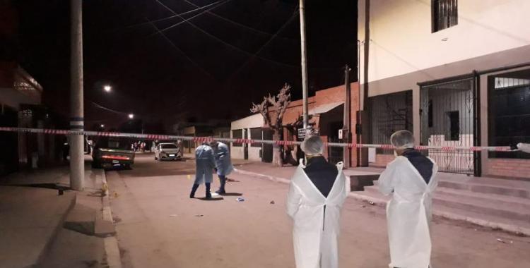 Acribillaron a tiros en la cabeza, el estómago y una pierna a un hombre en el barrio El Sifón   El Diario 24