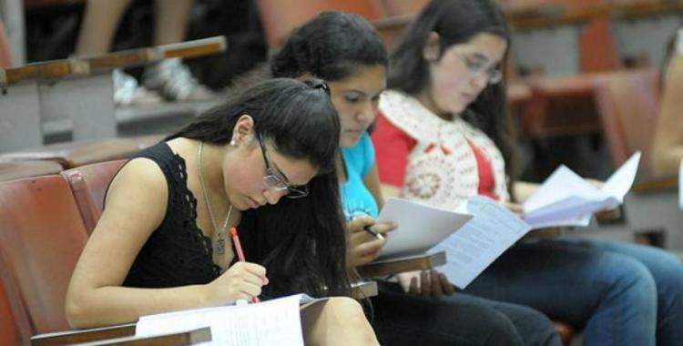 Avanza el protocolo para exámenes presenciales en la UNT: ¿qué pasara con estudiantes de otras provincias? | El Diario 24