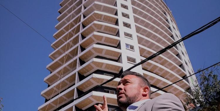 Hallan muerto a un empresario de la construcción en el hueco de un ascensor | El Diario 24