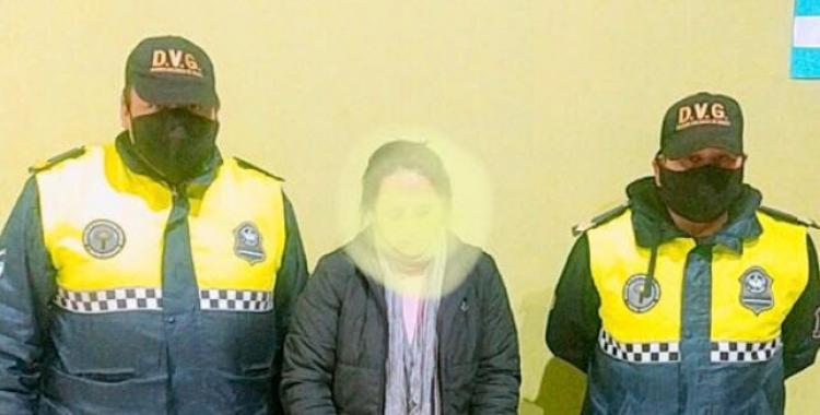 Aprehenden a una mujer por maltrato infantil: está acusada de golpear a sus hijos de 5 y 8 años   El Diario 24