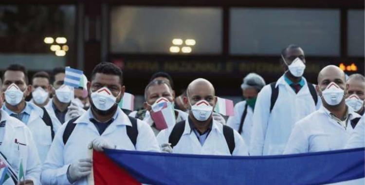 Afirman que el Gobierno de Cuba viola los derechos humanos de los médicos desplegados en el mundo | El Diario 24
