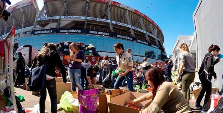Boca y River abren sus estadios a personas en situación de calle | El Diario 24
