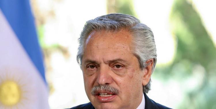 Denuncia penal contra Alberto Fernández por prohibir las reuniones sociales y familiares | El Diario 24