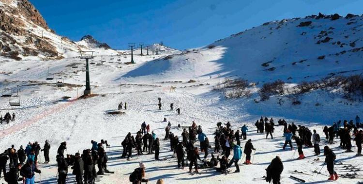 ¿Que pasará con los viajes a Bariloche de los egresados 2020? | El Diario 24