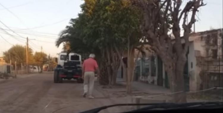 Una familia aislada rompió la cuarentena y agredió a un policía | El Diario 24