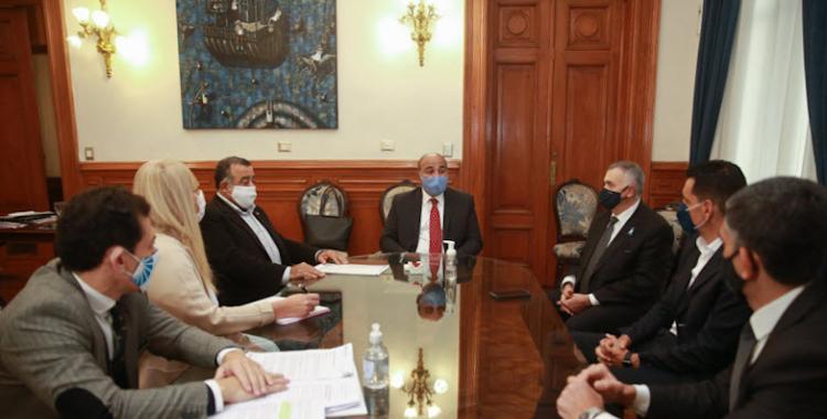 Denuncian falta de atención por Covid-19 en el sector privado de salud tucumano   El Diario 24