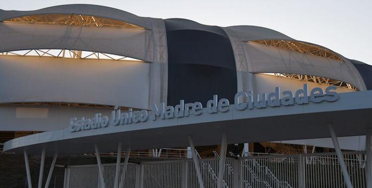 Santiago del Estero: colocaron los carteles que le dan el nombre al Estadio Único | El Diario 24