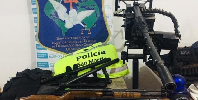 VIDEO: Descubren un arsenal en la casa del líder de una banda narco durante un allanamiento | El Diario 24