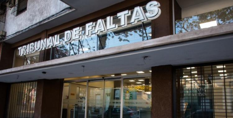 Requisitos para solicitar certificados de libre deuda de automotores e inmuebles en el Tribunal de Faltas | El Diario 24