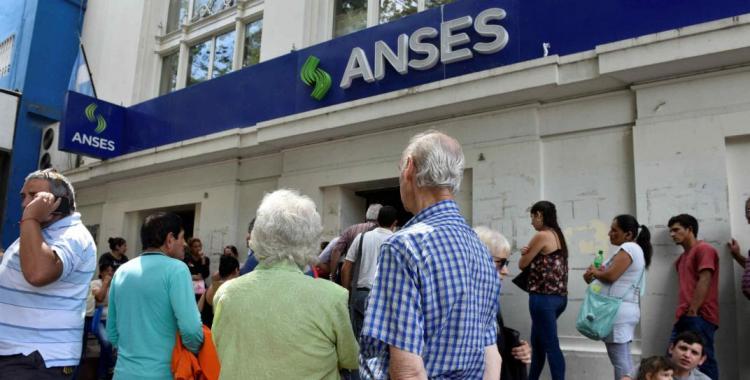 El aumento para los jubilados ya es oficial: mirá cuánto pasarán a cobrar desde el próximo mes | El Diario 24