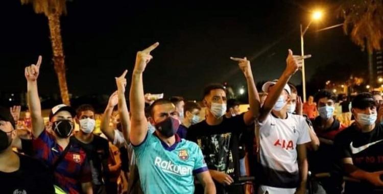 Hinchas de Barcelona se vuelcan a las calles a protestar por la salida de Messi | El Diario 24