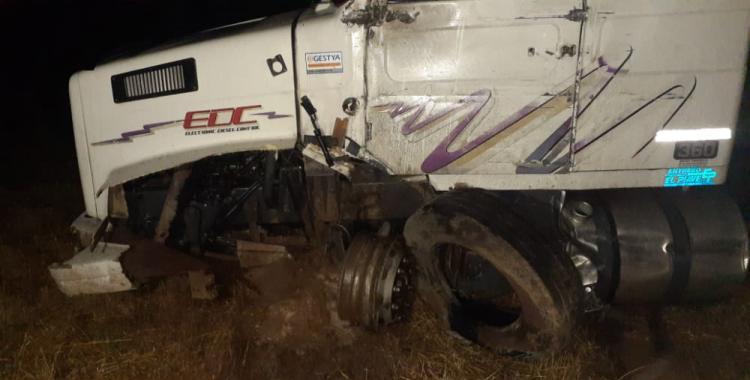 Camionero tucumano se salvó de milagro al protagonizar un accidente sobre la ruta 34 | El Diario 24