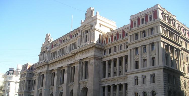 Escándalo por un juez que en un fallo nombró despectivamente a RiBer, Ra Sin Club e Indesingente | El Diario 24