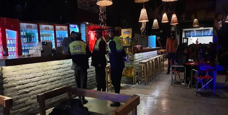 ¿Reabren los bares y restaurantes en Tucumán?: Reunión del COE con Intendentes   El Diario 24
