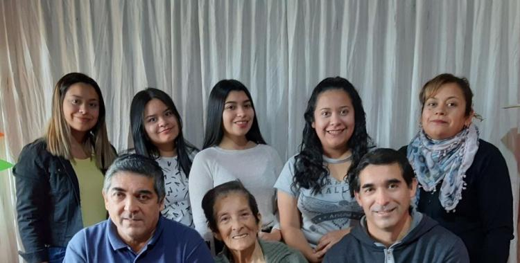 Río Seco: la emocionante historia de los 9 integrantes de una familia que superaron el Coronavirus | El Diario 24