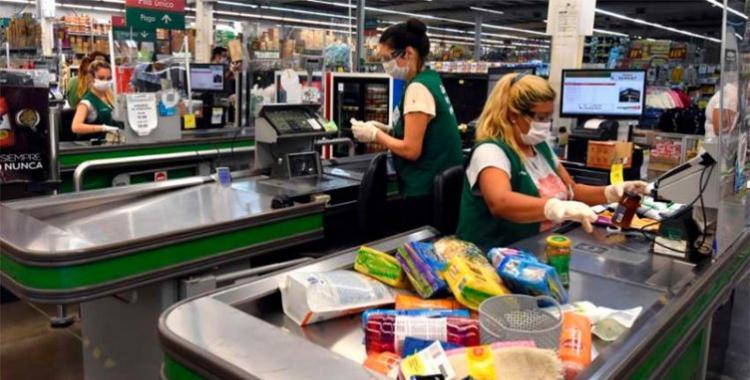 Acuerdan un aumento de una suma fija de $ 5000 para el Comercio y el piso salarial se eleva a $ 50.687   El Diario 24