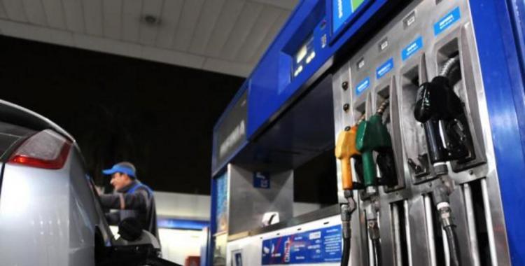 Golpe al bolsillo y nuevos aumentos: YPF incrementó un 2,9% el precio de sus naftas | El Diario 24