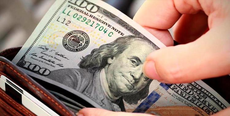 Los empleados de las firmas que reciben el ATP, no podrán comprar el cupo de 200 dólares | El Diario 24