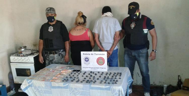Rescatan a gallos usados para riñas y secuestran marihuana, pastillas y un auto | El Diario 24