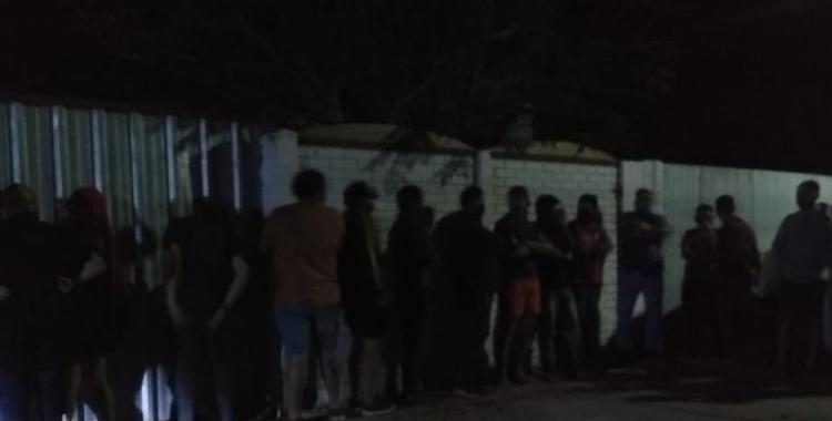 Un juez de paz participó de una fiesta clandestina con música en vivo: hubo 20 detenidos   El Diario 24