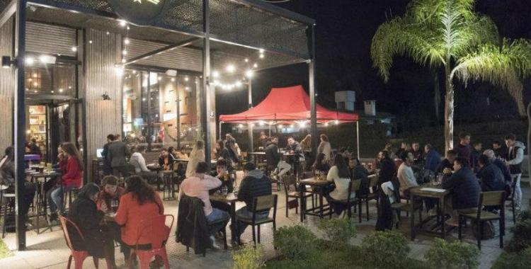 Bares y restaurantes de San Miguel de Tucumán extienden su horario de atención   El Diario 24